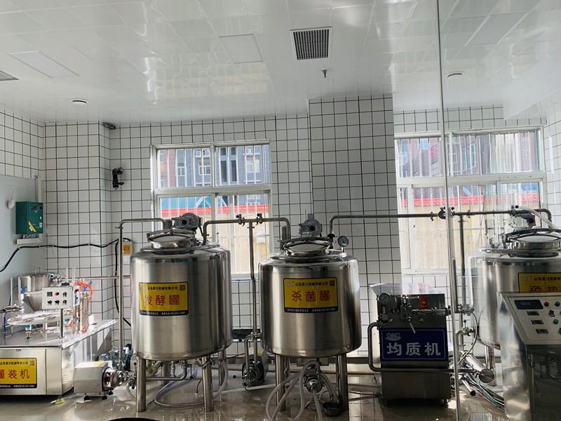 300L罐式牛奶生产线